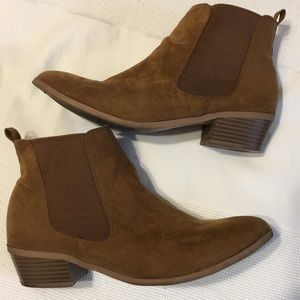 Old Navy - Brown Suede Booties